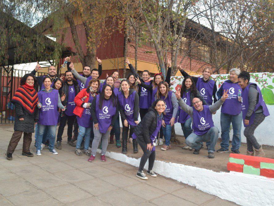 Belcorp Chile participa en día de voluntariado